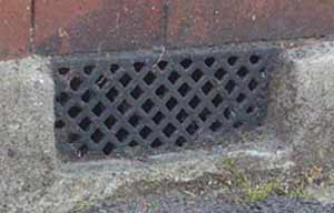 Air bricks can provide ventilation to reduce damp