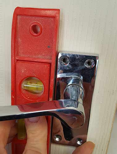 How to Fit a Mortice Latch or Tubular Latch to an Internal