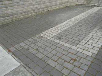 Patterned block driveway