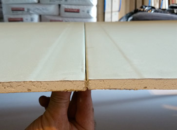 Drywall feathered edge or tapered edge plasterboard