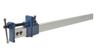 Use sash clamps to tighten worktop joints and seams