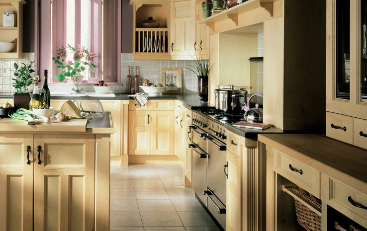 Traditional Wooden Kitchen Units