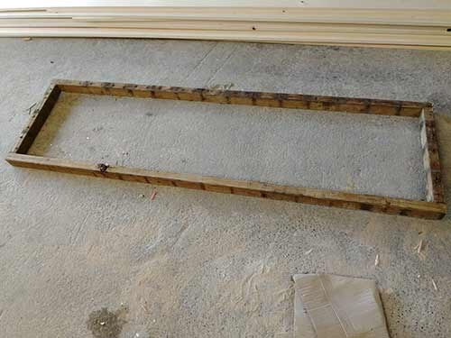 Lay out shelving unit timbers