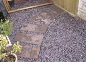How To Lay A Garden Path Garden Stepping Stones Diy Doctor