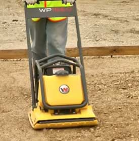 Levelling sub base with wacker plate