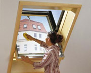 Easy access for cleaning window