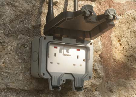 installing an outdoor socket or exterior power point diy doctor rh diydoctor org uk Cat 5 Wiring Jack Phone Line Wiring