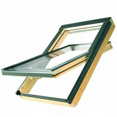 Timber centre pivot window