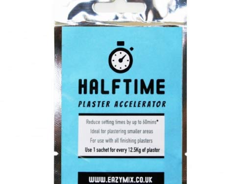 Halftime plaster accelerator for speeding up eth curing time of fresh plaster