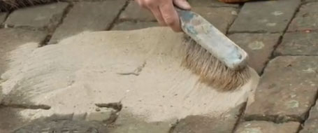 Sand and cement pointing mix