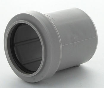Socket reducer for joining 32mm pipes to 40mm