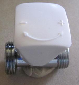 Wheelhead nut opens and closes a radiator valve
