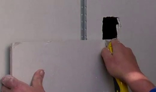 Making patch for hole in plasterboard wall
