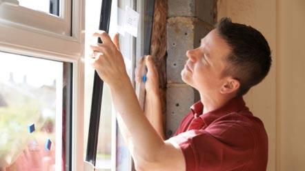 Fitting new window pane