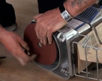 Edge sander paper can be changed easily