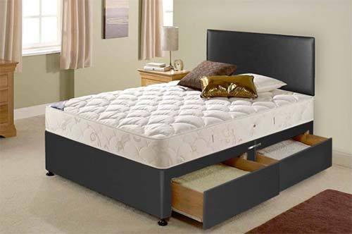 Divan bed with storage drawers