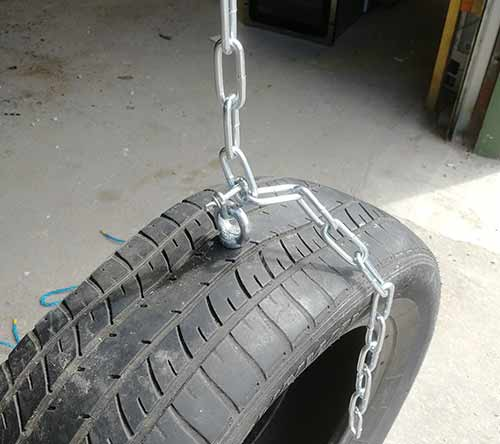 Tyre swing tyre hung from swing chain