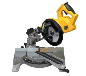 Cross cut mitre saw