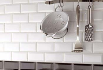 Subway tiled kitchen splashback