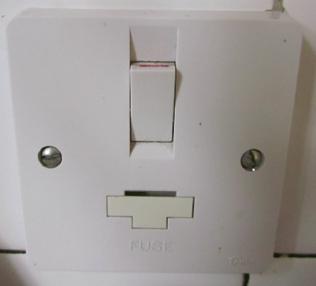 fused-spur-socket Wet Switch Wiring on wet drain pan switches, boat gauges wiring, wet switch pump, lexus brake light wiring, honda civic ignition wiring,