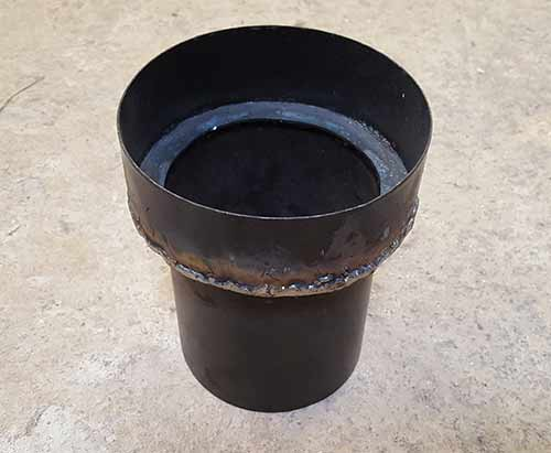 Flue pipe adaptor for stove